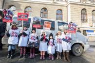 protest familia Bodnariu Suceava