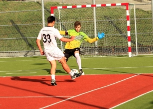 Campionatul de fotbal 2018026